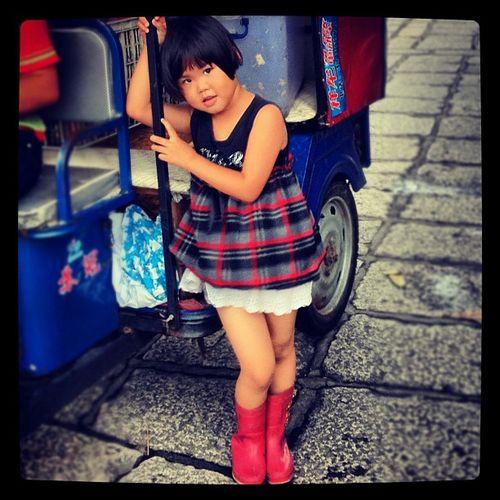 Adorable Children in China - atthe Dragon Boat Festival