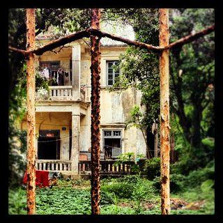 Gulangyu - bandoned villa