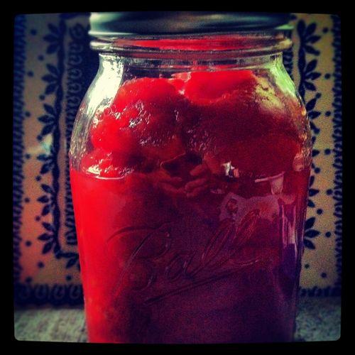 Canning tomato puree